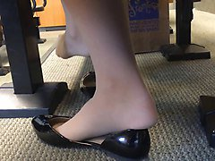candid us college teen shoeplay feet dangling in nylons pt 3