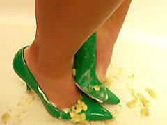 Bella green heels food crush preview
