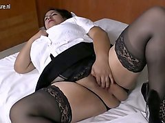 buxom bbw whore with chunky thighs certainly loves her hitachi