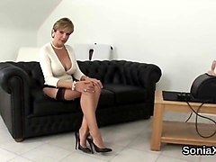unfaithful english mature lady sonia shows her massive boobs