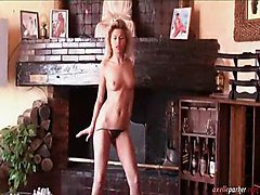 Axelle Parker Sexy Dance
