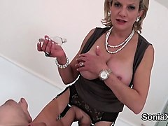 unfaithful british milf lady sonia displays her enormous bal