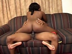 Dwayne Cummings Fucks Chubby Ghetto Slut On The Couch