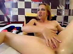 candysquirtz private video on 07/10/15 10:09 from MyFreecams