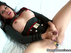 Vivian Black inVivian Black is a Dildoing Captain - HungShemales